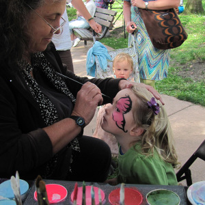 BERKELEY-Live Oak Fair-Face Painting-PR-5-13-300pix (1)