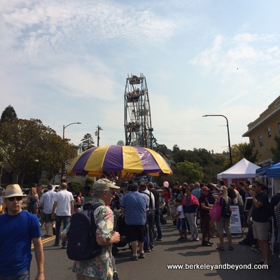 BERKELEY-Annual Events-Solano Stroll-Ferris wheel 2-c2015 Carole Terwilliger Meyers-iPhone-400pix