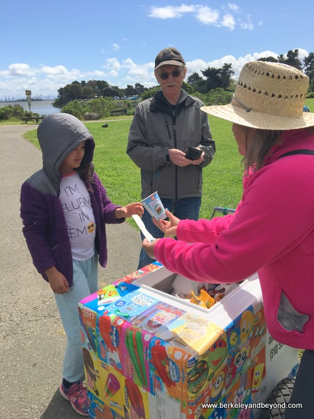 BERKELEY-Shorebird Park Nature Center-ice cream cart+Meadow 1-c2017 Carole Terwilliger Meyers-fnl-600pix