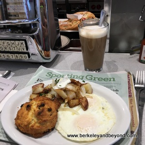 BERKELEY-Bette's Oceanview Diner-eggs+potatoes 1-c2017 Carole Terwilliger Meyers-300pix