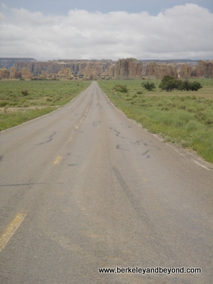 NM-Acoma-reservation-road1-400pix(c2006CaroleTerwilligerMeyers)