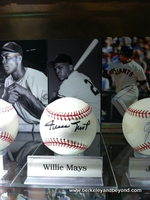 SF-AT&T Park-Giants Clubroom-Willie Mays photo+signed ball-c2012 Carole Terwilliger Meyers-iPhone-400pix