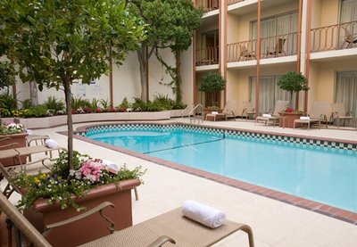 SF-Handlery Union Square Hotel-pool-PR-400pix