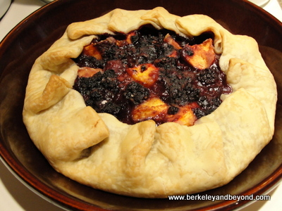 RECIPE-Galette1-Blackberry-Peach-400pix