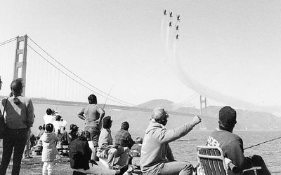SF-AnnualEvents-Fleet Week-B&W-PR-scan(Alameda Naval Air Station Public Affairs Office)