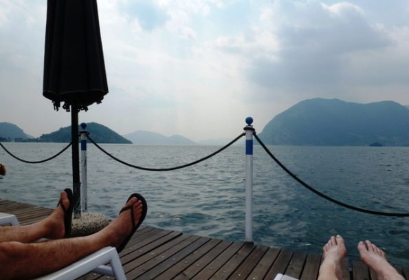2-toes-Italy-Lake Iseo-c Anne Woodyard-143kb