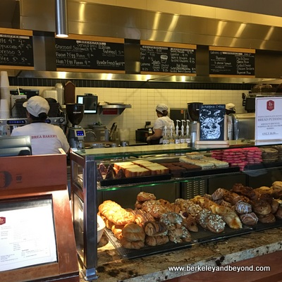 ANAHEIM-Downtown Disney-La Brea Bakery-counter 2-c2016 Carole Terwilliger Meyers-400pix